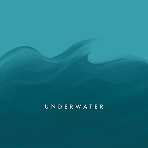 beth-keeping-underwater